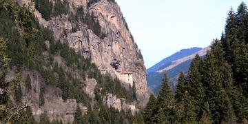 Sümela Manastırına teleferik kurulacak