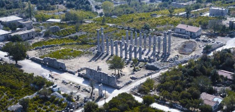 Uzuncaburç arkeoloji kazılarını bu yıl Mersin Üniversitesi yapacak
