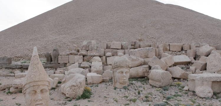 Nemrut Dağı Harabeleri artık ücret ödenerek gezilecek