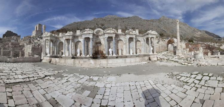 Burdur'un beş bin yıllık aşk cenneti Sagalassos'a görenler hayran kalıyor