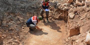 Antalyada kaçak kazıdan kilise ve yerleşim yeri çıktı