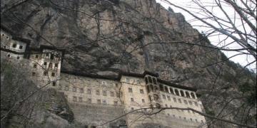 Trabzon Milletvekili Ahmet Kaya sordu: Sümelanın hazinesi nerede?