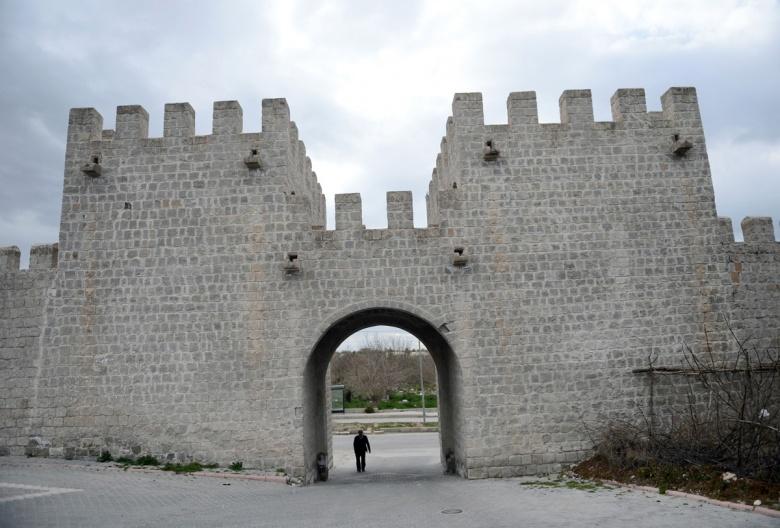 Malatya Battalgazi Kalesi - Arkeolojik Haber - Arkeoloji Haber - Arkeoloji  Haberleri