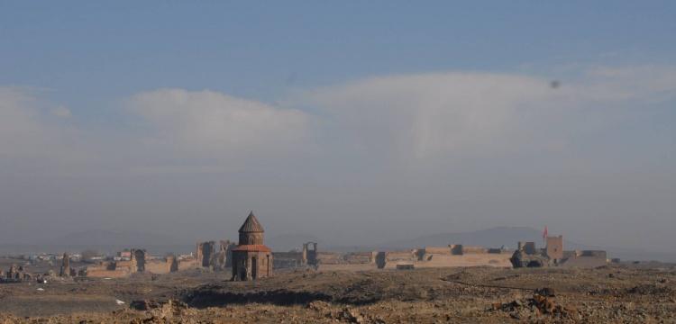Ani antik şehri ziyaretçilerini bekliyor
