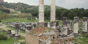 Sardes Antik Kenti ve Bintepeler Lidya Tümülüsleri (Manisa)