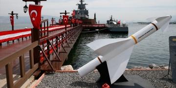 İzmirde Müze gemilere büyük ilgi