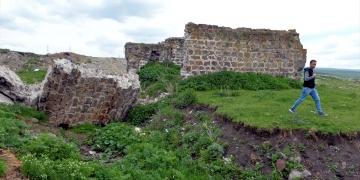 Ardahandaki tarihi şapel yağışlarda zarar gördü