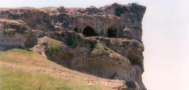 Kale Mezarlığı ve Tabea Antik Kentinde çalışmalar sürüyor.