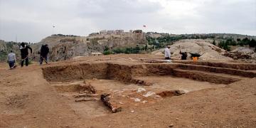 Harputta kabartmalı taş alanında kazı çalışmaları