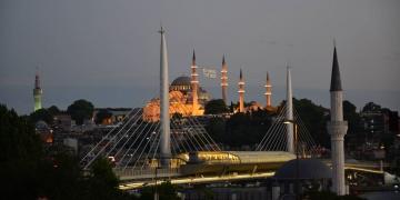 Süleymaniye Camisinde restorasyon hatası olduğu fark edildi