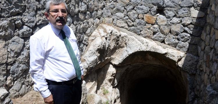 Sezar'ın kalesindeki su sarnıcı gün yüzüne çıkacak