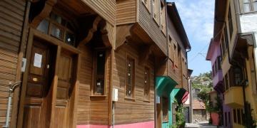 Bandırmadaki tarihi evler yeniden restore edilecek