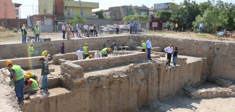 Adana Tepebağ Höyüğü'ndeki kazı çalışmaları