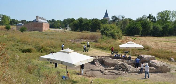 Edirne Yeni Sarayı'ndaki kazı çalışmaları devam ediyor