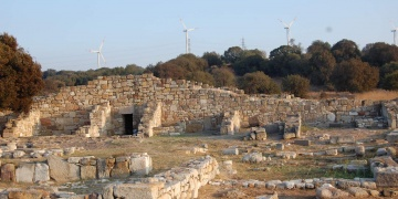 Kültür Bakanı Ersoya Kyme Antik Kentine dair 5 soru soruldu