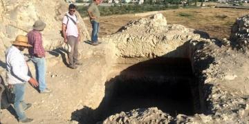 Van Kalesinde Urartu Kral Mezarı bulundu