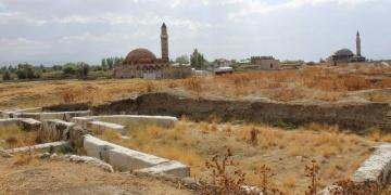 Eski Van Şehrindeki arkeoloji kazılarının hedefi: Türk-İslam kent dokusu