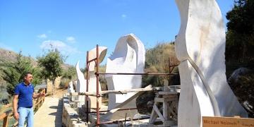 Lübnanlı kardeşler evlerini açık hava müzesine dönüştürdü