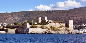 Kültür ve Turizm Bakanlığı Bodrum Kalesi projesini savundu