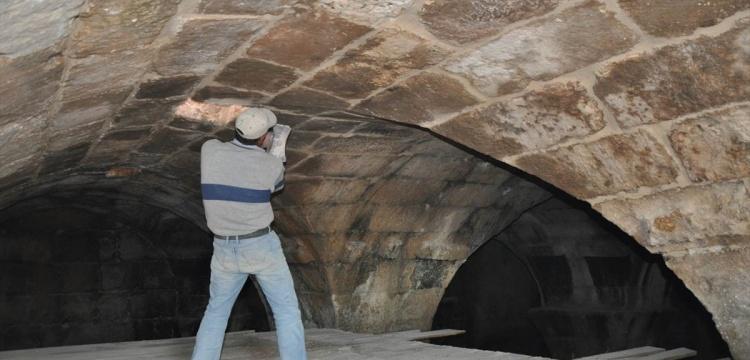 Mardin'de ahırın altında 15 asırlık su sarnıcı bulundu