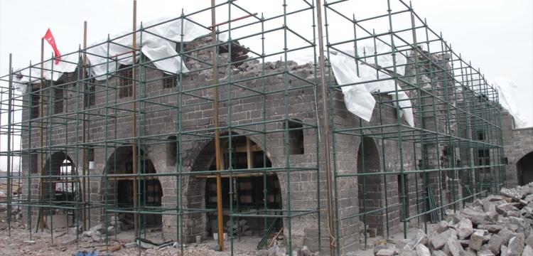 Sur'daki tarihi eserler restore ediliyor
