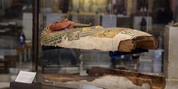 Kahire Müzesindeki lahitler restore edilecek