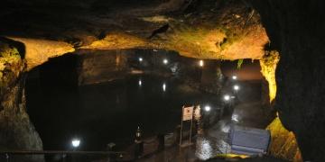 Herkülün mağaraları ziyaretçilerin gözdesi