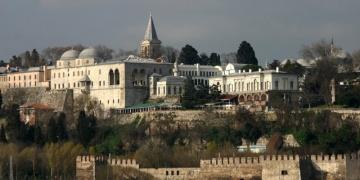 Koreli turistler Topkapı Sarayını sesli rehber ile gezebilecek