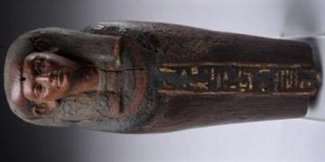 Mısırda müzeden çalınan heykel Londrada bulundu