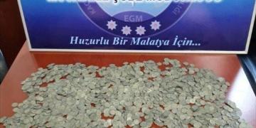 Malatyada 3.560 gümüş sikke yakalandı