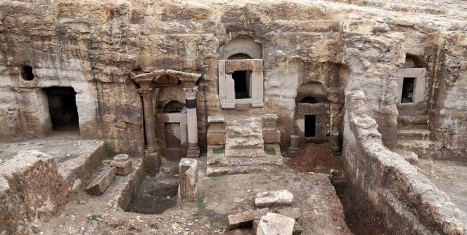Şanlıurfanın mağara mezarları