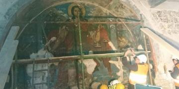 Kıbrısta 12inci yüzyıla ait fresk bulundu