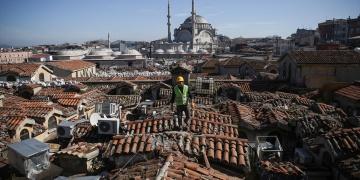 Kapalıçarşının çatı restorasyonu başladı