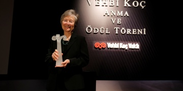 Vehbi Koç Ödülü, Prof. Dr. Zeynep Ahunbaya verildi