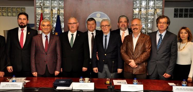 İZTO'dan kazılara 14 yılda 4 milyon lira destek