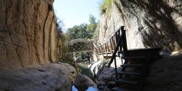 Romanın Çılgın Projesi Titus Tüneli ve Beşikli Mağara