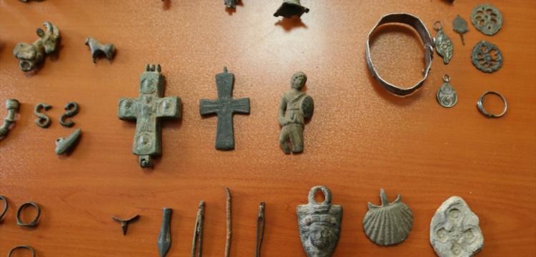 Büyükçekmece'de 386 tarihi eser yakalandı