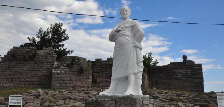 Aristo, yeniden Assos'ta