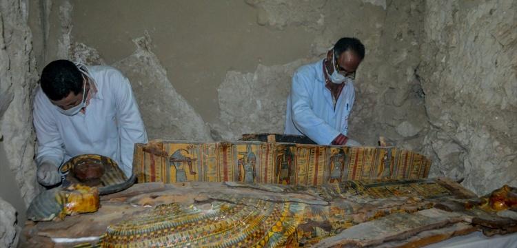 Mısır'da 3500 yıllık mumyalar bulundu