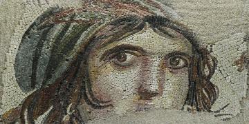 Çingene Kızı mozaiğinin çalınan parçaları 26 Kasımda dönüyor