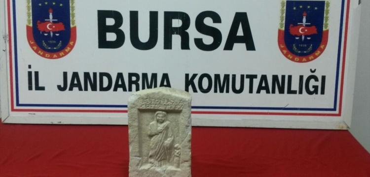 İstanbul'da bulunan mezar steli Bursa'da yakalandı