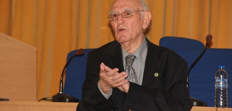 Prof. Dr. Engin Meriç, İstanbul'daki arkeolojik keşifleri anlattı