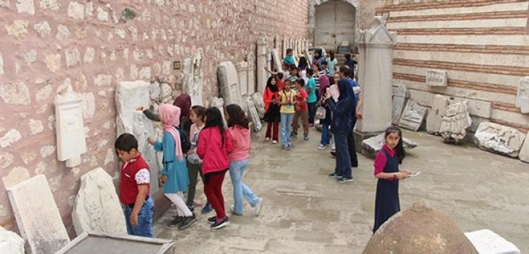 Manisa Arkeoloji Müzesi 2002'den bu yana kapalı