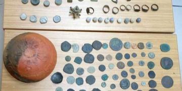 İşte Cinci Hocada yakalanan fosiller ve arkeolojik eserler