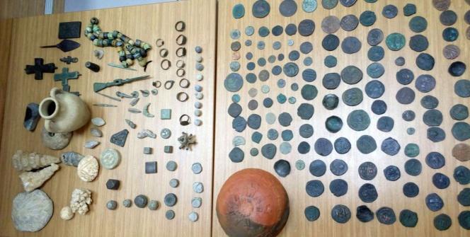 Cinci Hocada fosil ve arkeolojik eser yakalandı
