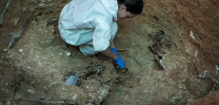 İspanya'da Franco dönemine ait toplu mezar açıldı