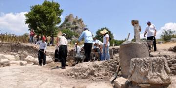 Kastabala arkeoloji kazıları Osmaniye tarihini geri götürdü