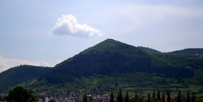Bosna Piramitlerine turist akını