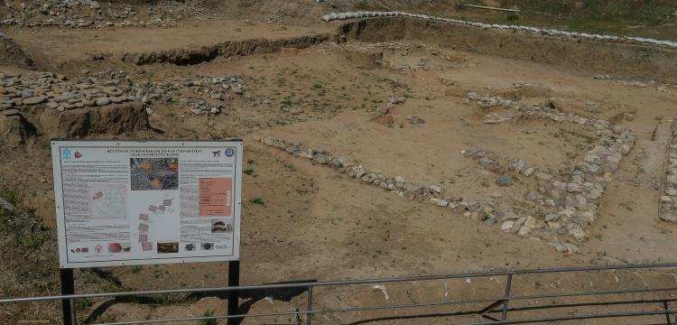 Arkeolojik kazıya çimento fabrikası izin vermiyor