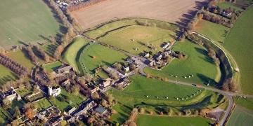Aveburydaki dev firehenge, Stonehengeden yaşlı çıktı